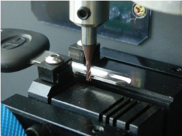 miracle-a7-key-cutting-machine-des-2
