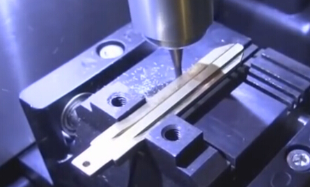 V8-X6-Key-Cutting-Machine-TOYOTA-TOY43 (35)