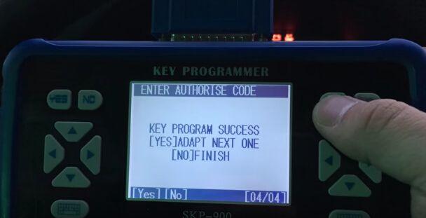 skp900-program-Mitsubishi-Pajero-new-key-6