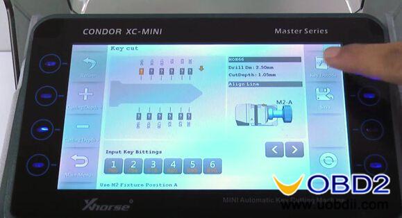 Condor-XC-MINI-Key-cutting-machine-cut-Honda-HON66-key-7