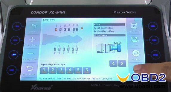 Condor-XC-MINI-Key-cutting-machine-cut-Honda-HON66-key-9