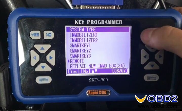 skp900-program-new-toyota-corolla-h-chip-remote-key-8