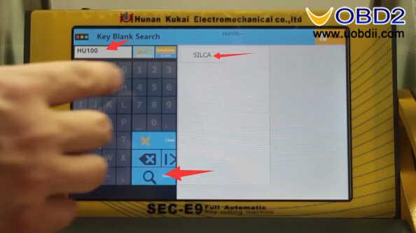 SEC-E9 Key Cutting Machine to Cut Silca HU100 Key (2)