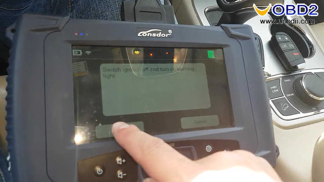 lonsdor-k518-jeep-grand-cherokee-2015-smart-key-programming-22
