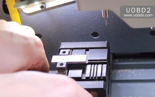 How to Calibrate SEC-E9 Dimple Key Clamp (13)