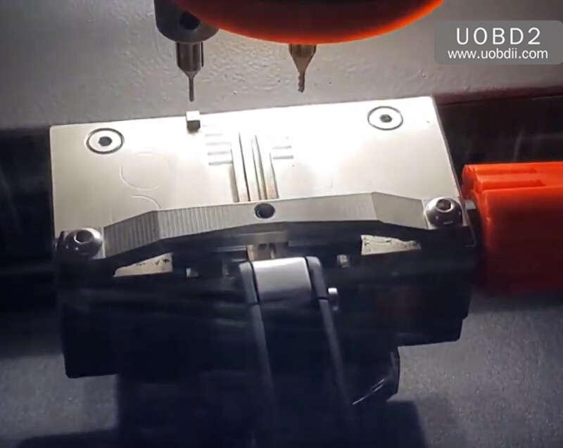 How to Use Codor Mini Plus Cut Keys for Huyndai ix35 Grand (15)