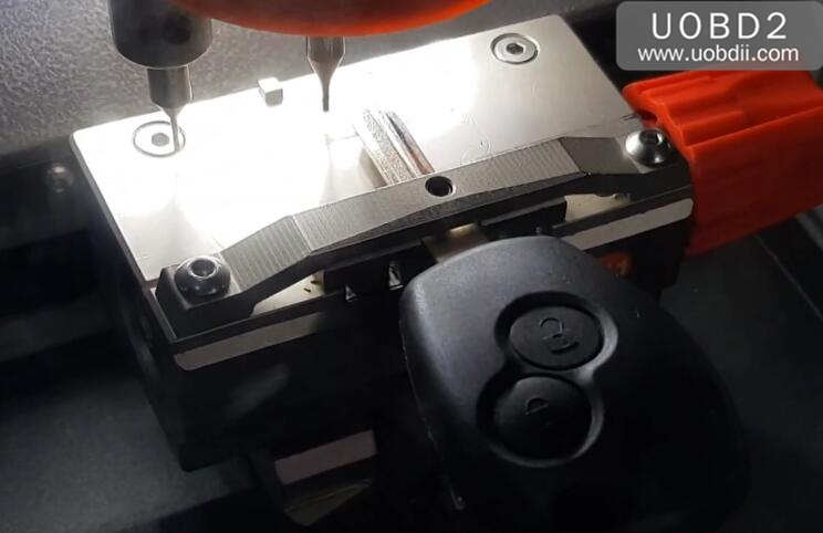Xhorse Codnor Mini Plus Cut New Key for Renualt Duster (5)