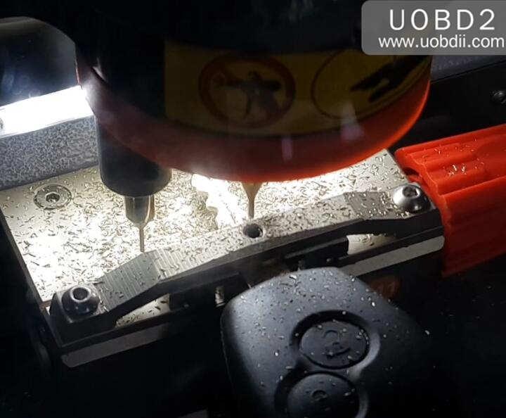 Xhorse Codnor Mini Plus Cut New Key for Renualt Duster (8)