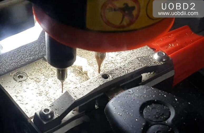 Xhorse Codnor Mini Plus Cut New Key for Renualt Duster (9)