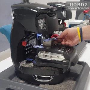 2M2 Magic Tank Duplication TestCuting A New FIAT GT15 Key (6)