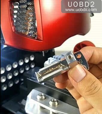 How to Use 2M2 Magic Tank Machine Cut HU64 Key (5)